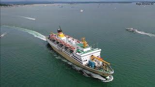 Kapal PELNI KM. Ciremai Berlayar dari Pelabuhan Ahmad Yani Kota Sorong Papua Barat - Video Drone