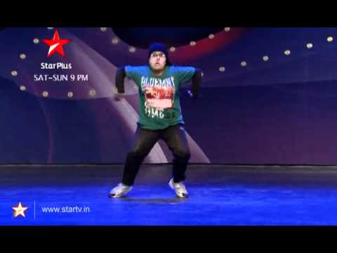 Anjana dances to Govinda's tunes!