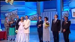 Ах эта свадьба,свадьба,свадьба пела и плясала))
