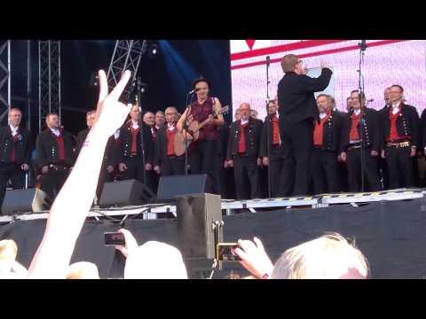 Samuli Putro & Jussi-kuoro - Mitäpä Jos (Provinssirock 28.6.2014)