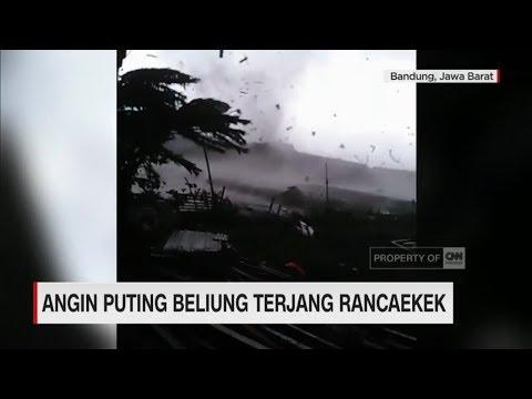 Detik-detik Angin Puting Beliung Terjang Rancaekek, Bandung Mp3