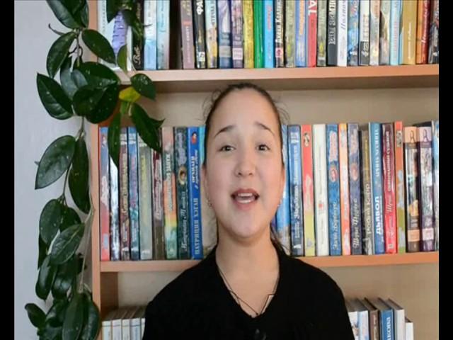 Изображение предпросмотра прочтения – ОльгаЮминова читает произведение «Садовод» М.М.Залилова (Джалилова)
