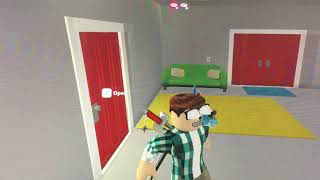 Playing Bloxburg on ROBLOX and the game is fun plus it costs 25 robux