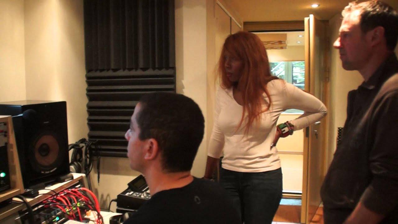 In the studio - Extrait 1 - Les amours de passage