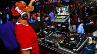 DJ Remy- Hip Hop Mix ( Weezy, Ron Brownz, Chris Brown).wmv
