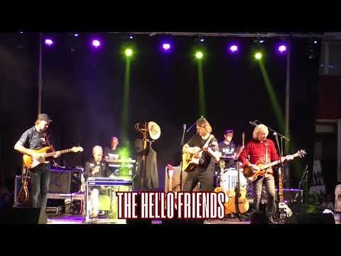 "THE HELLO FRIENDS ""Stardust"" with John Roche - Albatera 24-07-18"