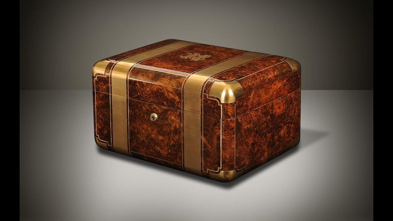 Danielluciancom Antique Jewellery Box in Burr Walnut with