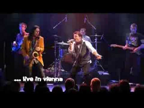 Andrew Young live in Vienna