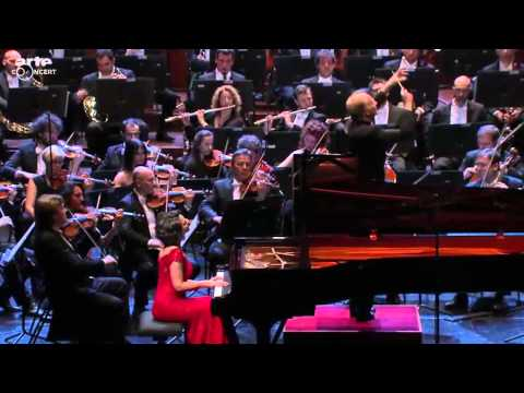 Khatia Buniatishvili plays Piano Concerto No. 2 by S. Rachmaninov