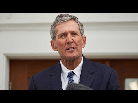 'Now is the time for a new leader': Manitoba Premier Brian Pallister not seeking re-election