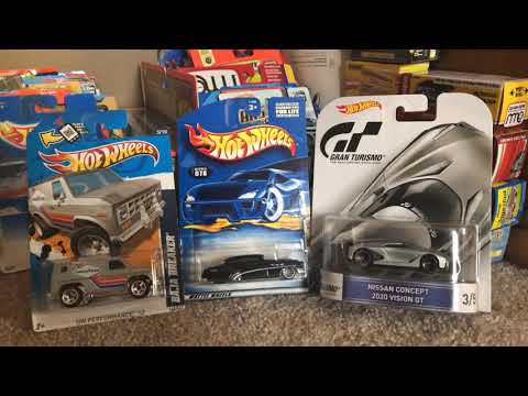 Quickie reviews: Hot Wheels Baja Breaker, So Fine & Nissan Concept 2020 Vision GT