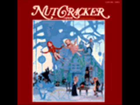 Nutcracker Fantasy 1979, Dance of the Dolls