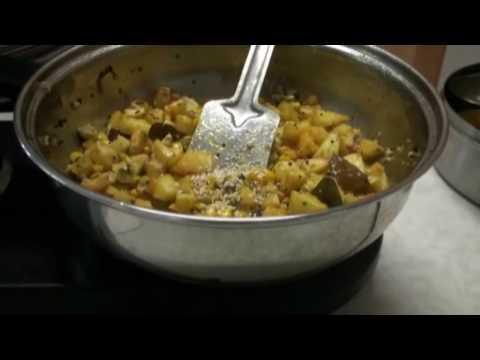 Batata Poha Recipe Video or aloo pawa (Potato and beaten rice) - Breakfast or Lunch Box recipe