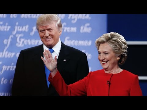 Watch Trump and Clinton Roast Each Other at Alfred Smith Din