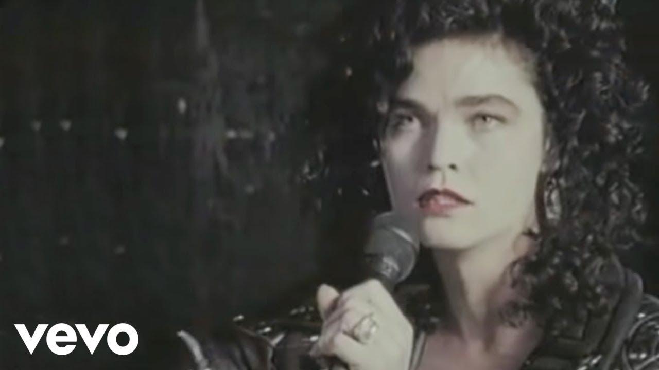 Alannah Myles - Black Velvet - Youtube-9583