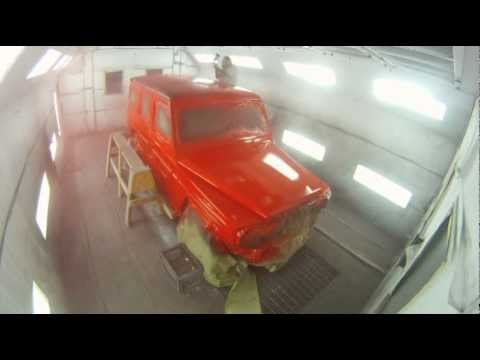 Holiday commercial red g wagon peel coat mercedes benz for Mercedes benz christmas commercial
