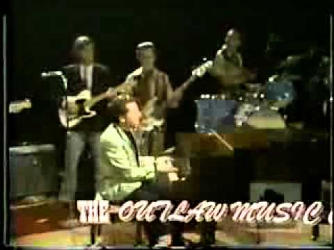 Jerry Lee Lewis  - Pick Me Up On Your way down 1969 (live)