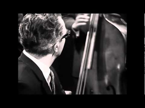 "Watch an Incredible Performance of ""Take Five"" by the Dave Brubeck Quartet (1964)"
