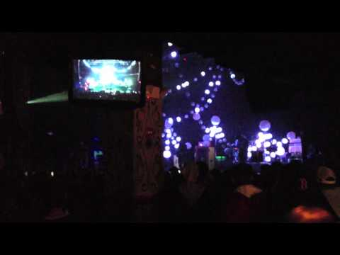 """Portugal. The Man - """"Helter Skelter"""" Live (Boston Ma)"""