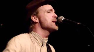 HD - Fran Healy (Travis) - Baby One More Time (Acoustic Cover) live @ Szene, Vienna 28.02.2011