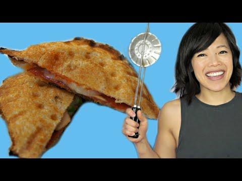 HOBO PIE | Vintage KwiKi-Pi Sandwich Maker Gadget Test - pudgy pie, campfire pie, mountain pie
