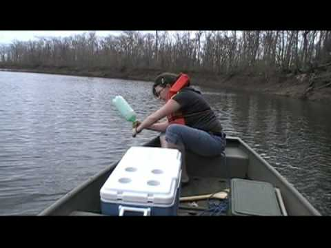 How to make catfish jugs funnydog tv for Jug line fishing