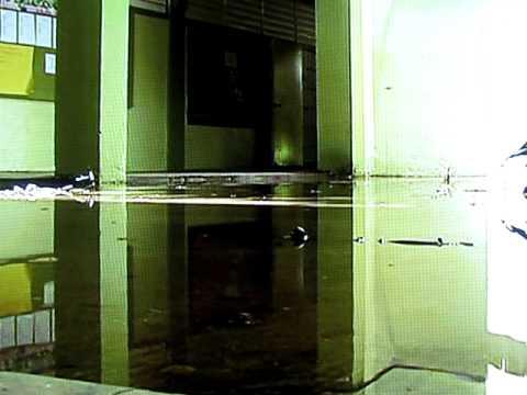 Inundacion en la Pablo Casals por lluvias y la ina...