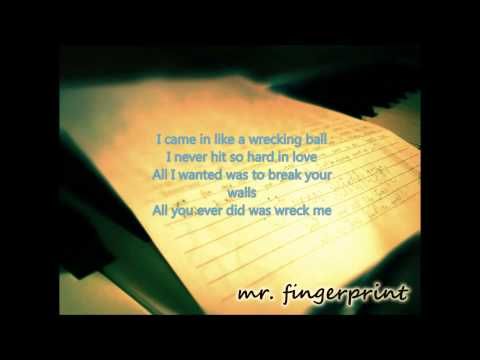 Wrecking Ball - Christina Grimmie - MinusOne/Karaoke/Instrumental Remake HQ