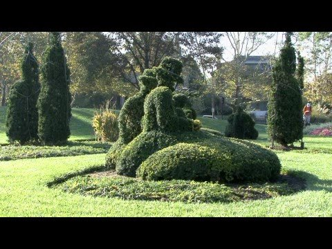 Topiary Garden In Columbus Ohio Youtube