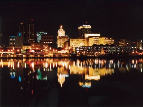 Peoria, Illinois - Unravel Travel TV