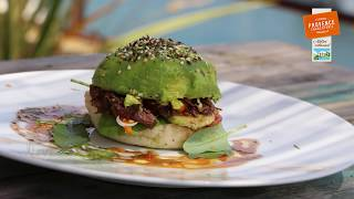 Burger Daube version nature et version avocat- Provence Charcuterie Comptoir des Salaisons