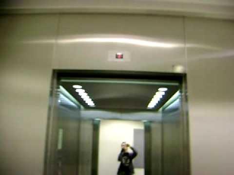 TH-hissi Traction elevator/lift.