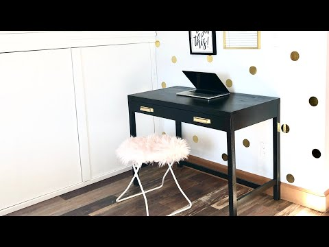 DIY Desk Built from Scrap Wood
