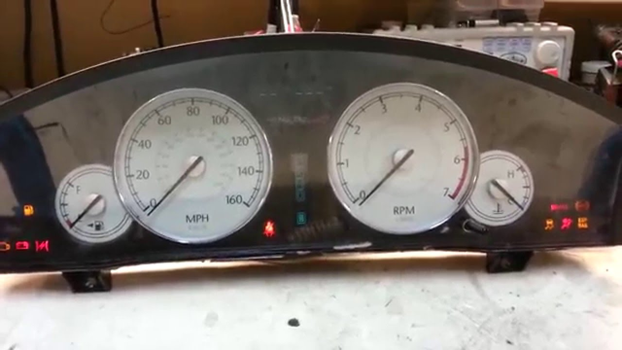 2005 2006 chrysler 300 300c speedometer problem not working gauges repair for magnum and charger. Black Bedroom Furniture Sets. Home Design Ideas