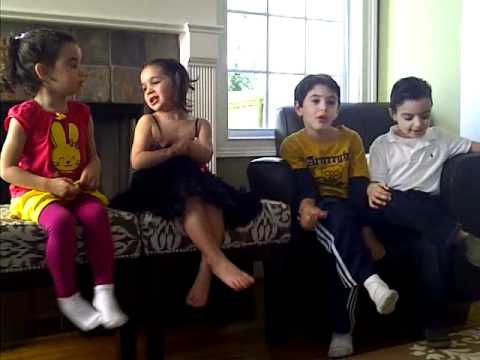 Kids singing Apple Bottom Jeans - YouTube