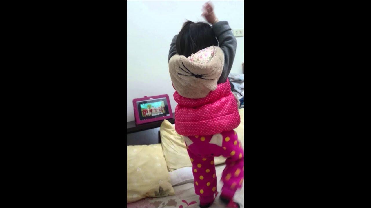 """小蘋果的歌詞""""火火火火"""" - YouTube"""