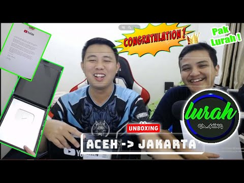 UNBOXING LURAH GAMING CONGRATULATIONS SILVER PLAY BUTTON YOUTUBE ( ACEH-JAKARTA )