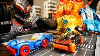 【ぶっちゃけ玩具雑談】アタック変形 ウルトラビークル  バンパーをぶつけて一発変形だ!ゼロ・ジード・ベリアルビークル