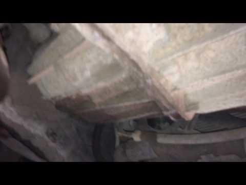 Опель виваро Часть 1 Снятие стартера на Opel Vivaro dti 1.9