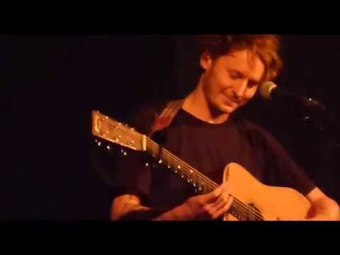 Ben Howard/Full Video/Banter & failed tuning - Anson Rooms Bristol 29 3 15
