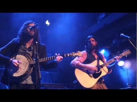 The Avett Brothers live - I Would Be Sad -...