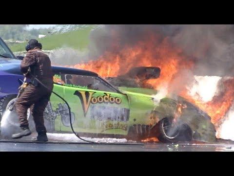 PRO DOORSLAMMER CRASH at Santa Pod Raceway - Voodoo Hemi
