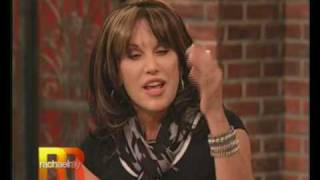 A segment from The Rachel Ray show that aired 09/24/08. Rachel inte...