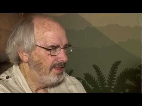 Interview with Jack Horner - Re-creating a dinosaur - Part 1
