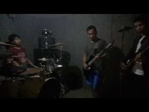 Terlalu ST 12 Cover by Adaptasi Band