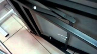 Устойчивость складного стола.mp4(Аптренд. Поставка столов для конференц и банкетных залов., 2012-02-01T07:17:22.000Z)