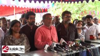 Nassar pay homage to Actor Kumarimuthu