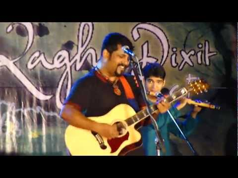 Raghu dixit khidki Live in consert - With amazing flute guy! with lyrics-HD
