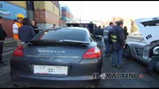 Napoli, Ferrari e Porsche rubate in Spagna sequestrate a bordo di una nave