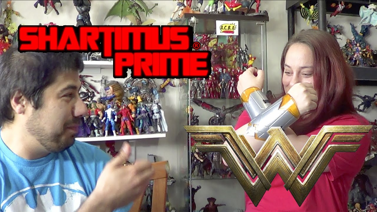 SharlitaOne and ShartimusPrime Wonder Woman Adventure Pack Unboxing
